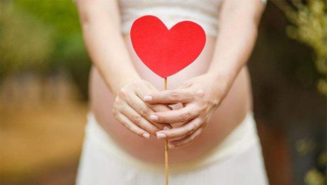 想晚点当爸爸的人请注意!太晚生育可能会影响妻儿健康