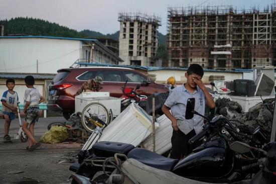 贵州毕节大方县拖欠教师工资4.7亿背后 难以成功的脱贫路?